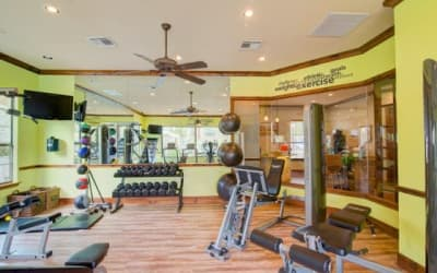 Park Hudson Place offers a modern fitness center in Bryan, Texas
