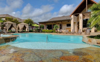 Modern swimming pool at Park Hudson Place in Bryan, Texas