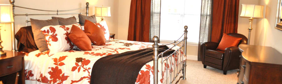 Masterbedroom at Delaney Apartment Homes in Concord