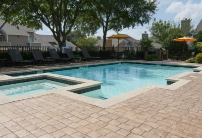 Modern swimming pool at The Park at Ashford in Arlington, Texas