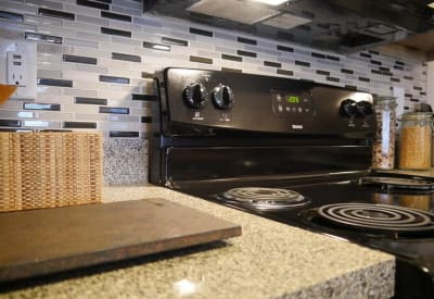 Enjoy a well-equipped kitchen at Veridian Place in Dallas, Texas