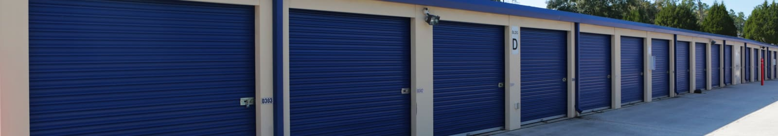 Midgard Self Storage units in Lutz, Florida