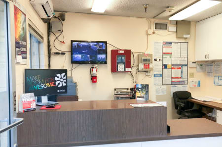 Leasing Office at StorQuest Self Storage in Los Angeles, CA