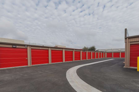 Large Outdoor Units at StorQuest Self Storage in Brentwood, CA