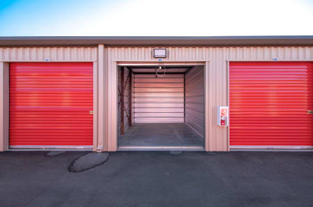 Exterior unit example at StorQuest Express - Self Service Storage in Kapolei, Hawaii