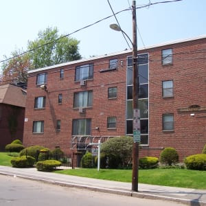 99 Huntington Street at Carriage Place Apartments in Hartford