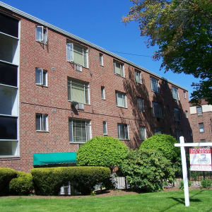 166 Collins Street at Carriage Place Apartments in Hartford