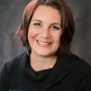 Janelle Frechette, Property Manager at Applewood Pointe of Shoreview in Shoreview, Minnesota