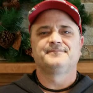 Kerry Davis, Maintenance at Applewood Pointe Shoreview in Shoreview, Minnesota