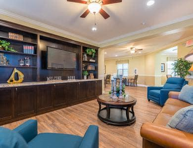 Resident living room at Pacifica Senior Living Vancouver