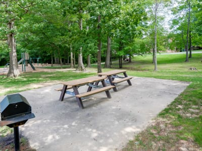 Picnic Tables at Taylor Park Apartment Homes