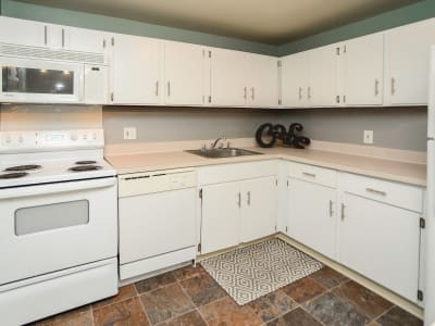 Fully equipped kitchen at Greentree Village Townhomes in Lebanon, PA