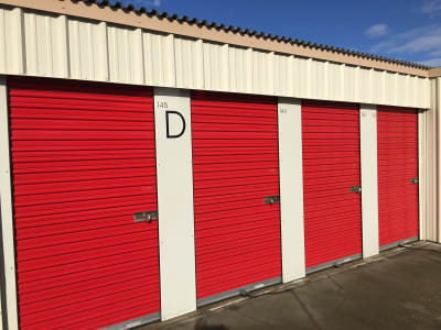 Outdoor storage units with roll up door Redtop Storage in Chico