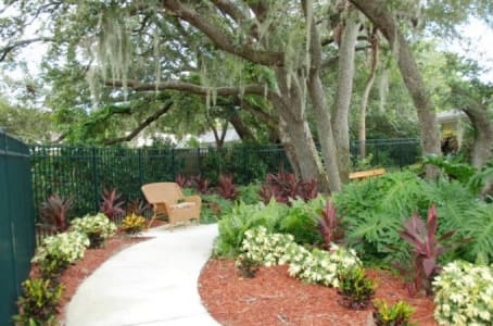 Walkaways at Windsor Oaks At Bradenton in Florida