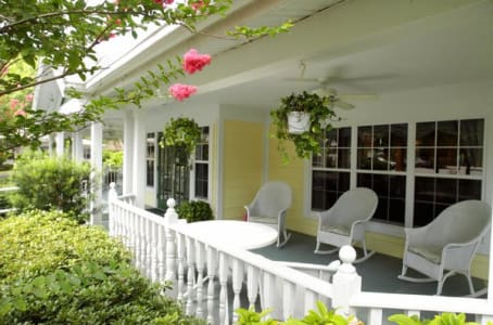 Front porch at Windsor Oaks At Bradenton in Florida