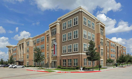 Pay your rent online with Addison Keller Springs in Addison.