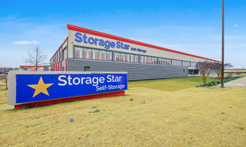 Storage Front sign at Storage Star in Dallas, Texas