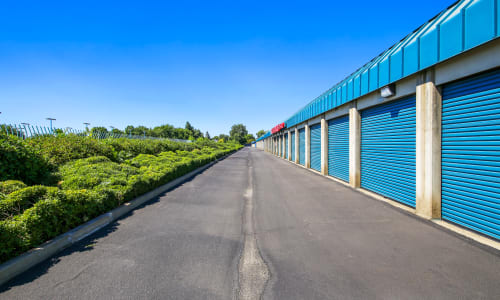 Yuba City, California storage facility Exterior Storage Units