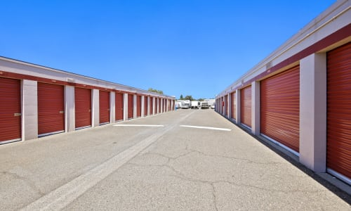 Storage Units in Rancho Cordova, California