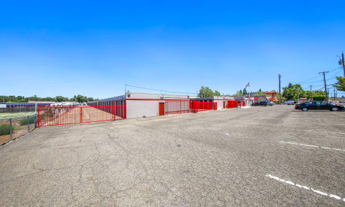 Rancho Cordova, California secure Exterior Storage