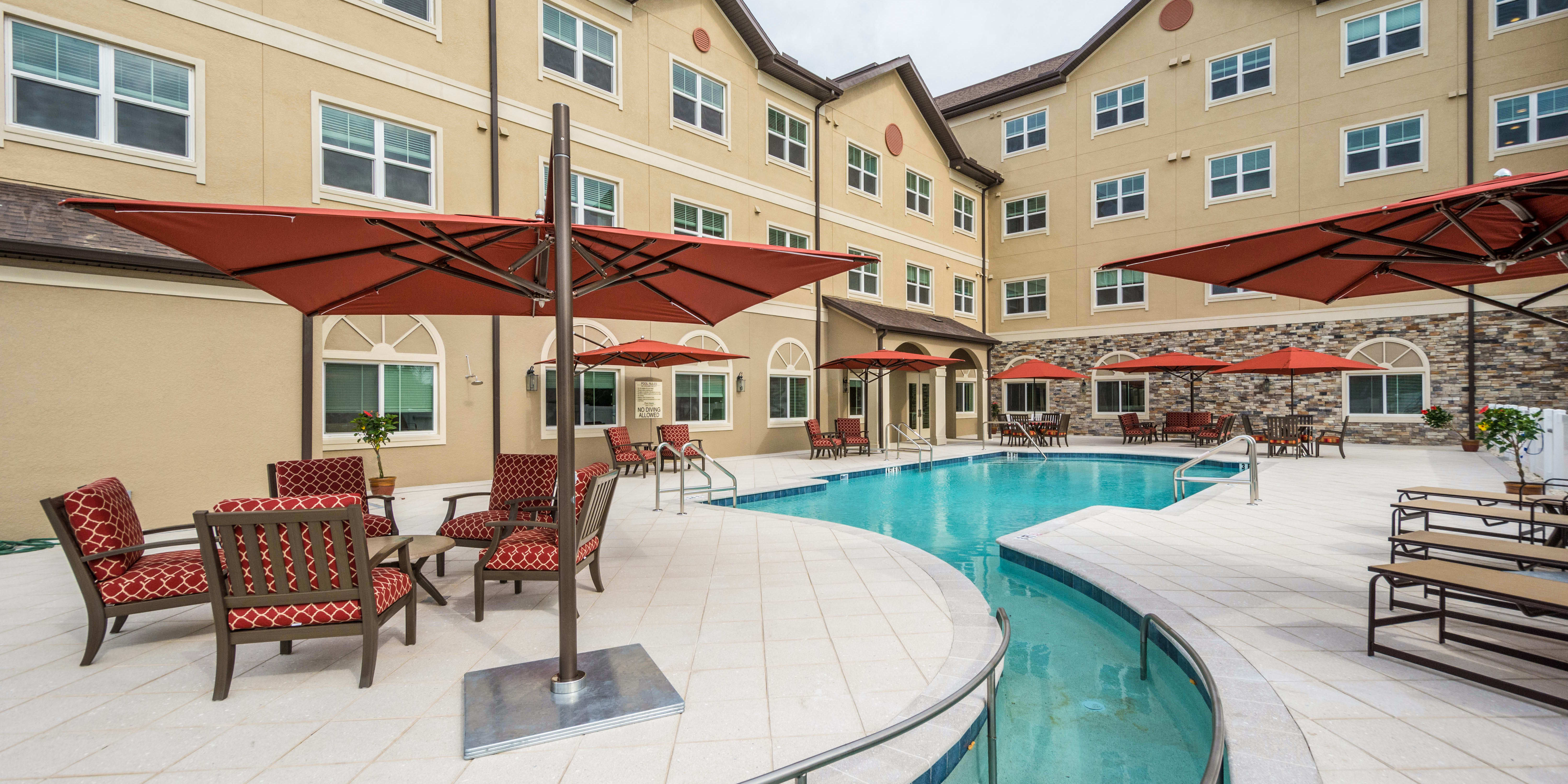 swimming pool at Discovery Village At Tampa Palms