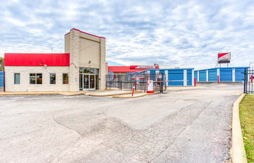 Click to see our Memphis Austin Peay location