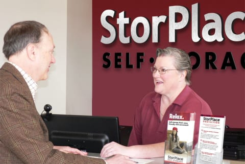 Exceptional Customer Service at StorPlace of Stones River