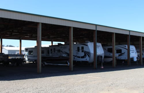 Covered RV parking at South Salem RV & Storage