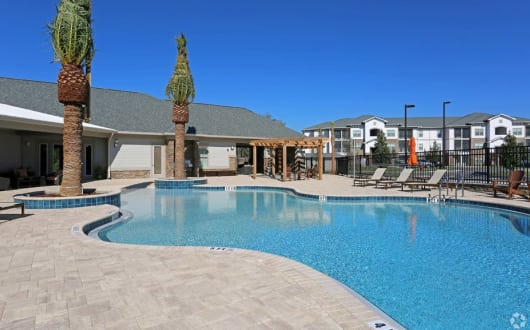 Pool at apartments in Ocoee