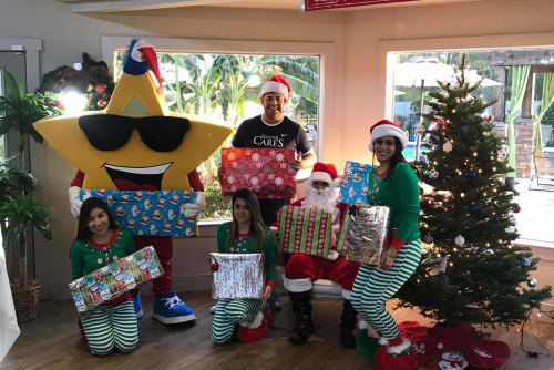 Palms at Chimney Rock Apartments giving back for Christmas