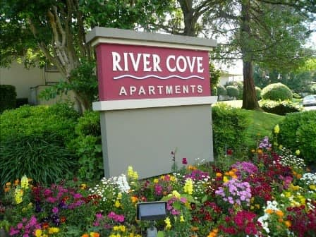 Front entrance to River Cove Apartments in Sacramento, CA