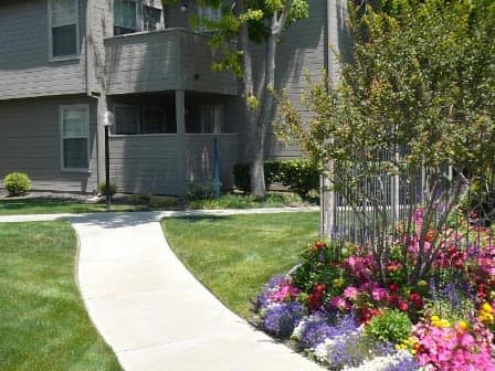 Walkway around Courtside Village Apartments in Woodland, CA