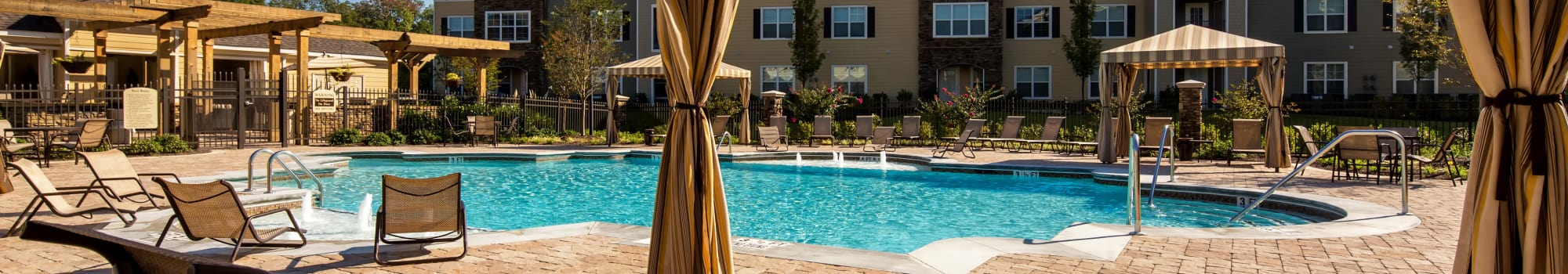 Pet Friendly apartments at Enclave at Highland Ridge in Columbus, Georgia