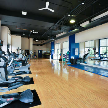 Large gym at Metropolitan Towers in Vancouver