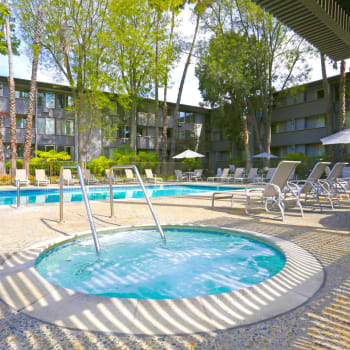 View our amenities at Palo Alto Plaza in Mountain View, California