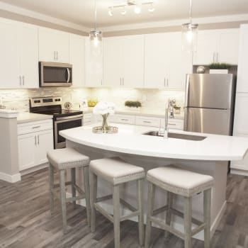 View the amenities at Element Oakwood in Dayton, Ohio