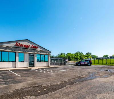 Exterior view of Storage Inns of America leasing office in Miamisburg, Ohio