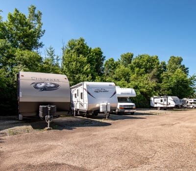 Store your RV with Storage Inns of America in Troy, Ohio