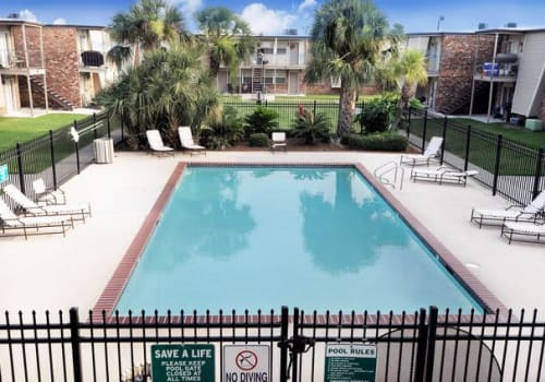 Swimming pool at Summerfield Apartment Homes in Harvey, Louisiana