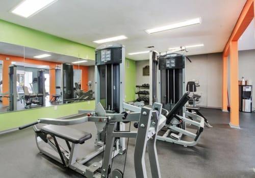 Fitness center at Summerfield Apartment Homes in Harvey, Louisiana