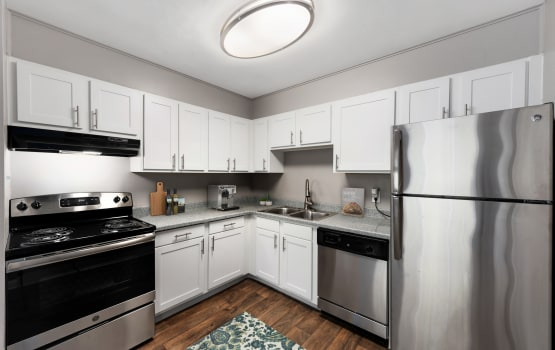 Asbury Plaza offers a modern kitchen in Denver, Colorado