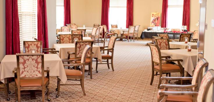 Dining room at Merrill Gardens at Solivita Marketplace