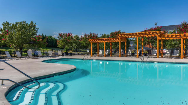 Laurel Springs offers a swimming pool in High Point, NC