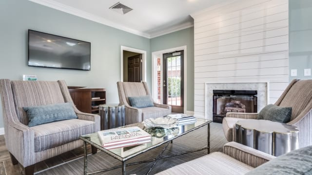 Laurel Springs offers a beautiful living room in High Point, NC