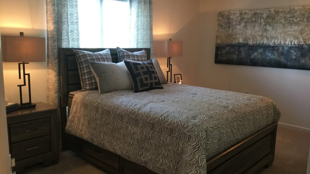 Enjoy apartments with a bedroom at Laurel Springs