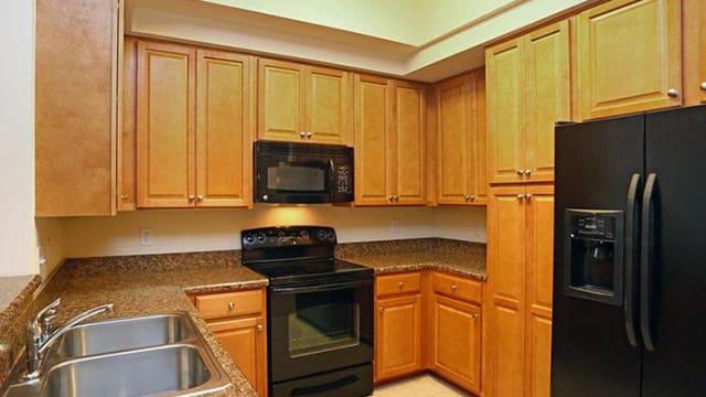 Northwind Apartments offers a modern kitchen in Valdosta, GA