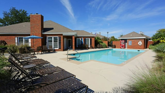 Halcyon Park Apartments offers a sparkling swimming pool in Montgomery, AL