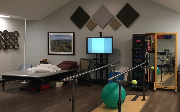 With so many activity options every day at Pilot Butte Rehabilitation Center in Bend, OR, you or your loved one will never be bored!