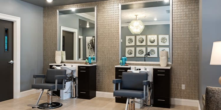 Salon at Stonecrest of Rochester Hills in Rochester Hills