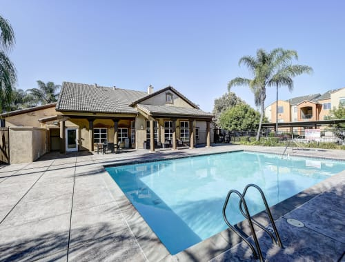 Swimming pool at Capitol Place Apartments in West Sacramento, CA